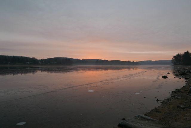 Les Settons au lever du soleil